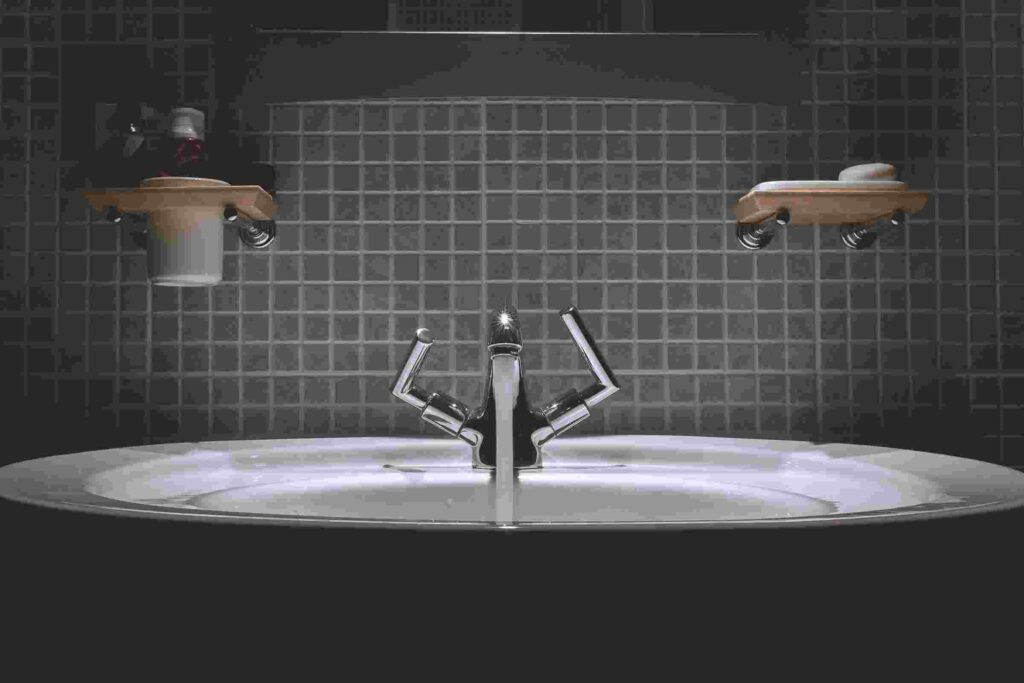 Plumber Kingswood fixed dripping bathroom sink tap